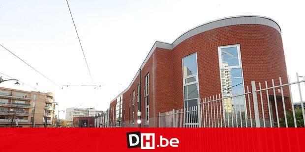 Photos Bernard Demoulin : depot Jacques brel a molenbeek , rue Nicolas Doyen, 1 a Molenbeek-Saint-Jean
