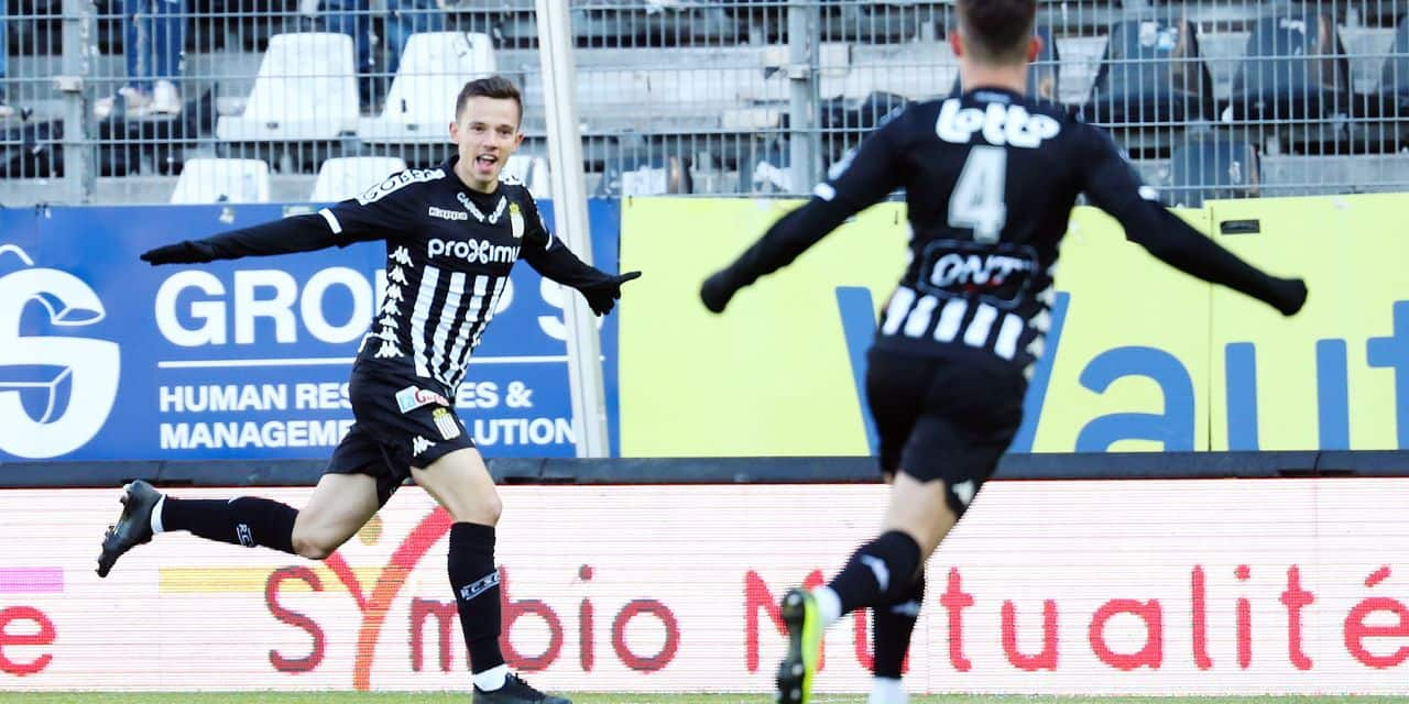 Charleroi's Gaetan Hendrickx celebrates after scoring during a soccer game between Sporting Charleroi and Sint-Truidense VV, Saturday 04 May 2019 in Charleroi, on day 7 (out of 10) of the Play-off 2A of the 'Jupiler Pro League' Belgian soccer championship. BELGA PHOTO VIRGINIE LEFOUR