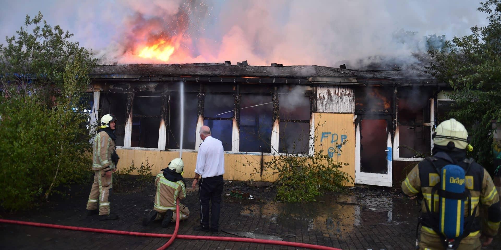 Incendie à l'école du Bas Wérichet à Jemeppe-sur-Sambre : un jeune de 18 ans avoue avoir mis le feu !