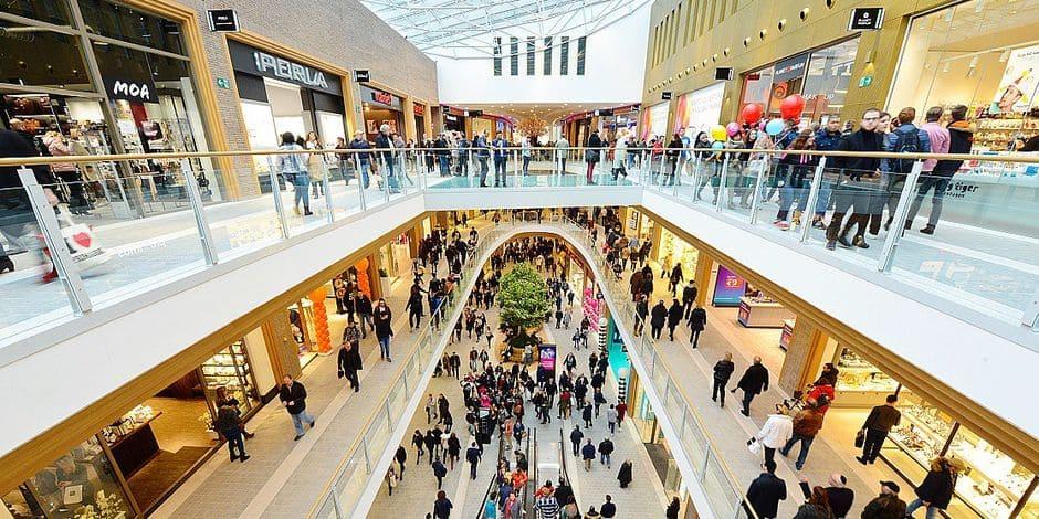 Les magasins restent ouverts, le secteur culturel retient son souffle dans l'attente de nouveaux protocoles