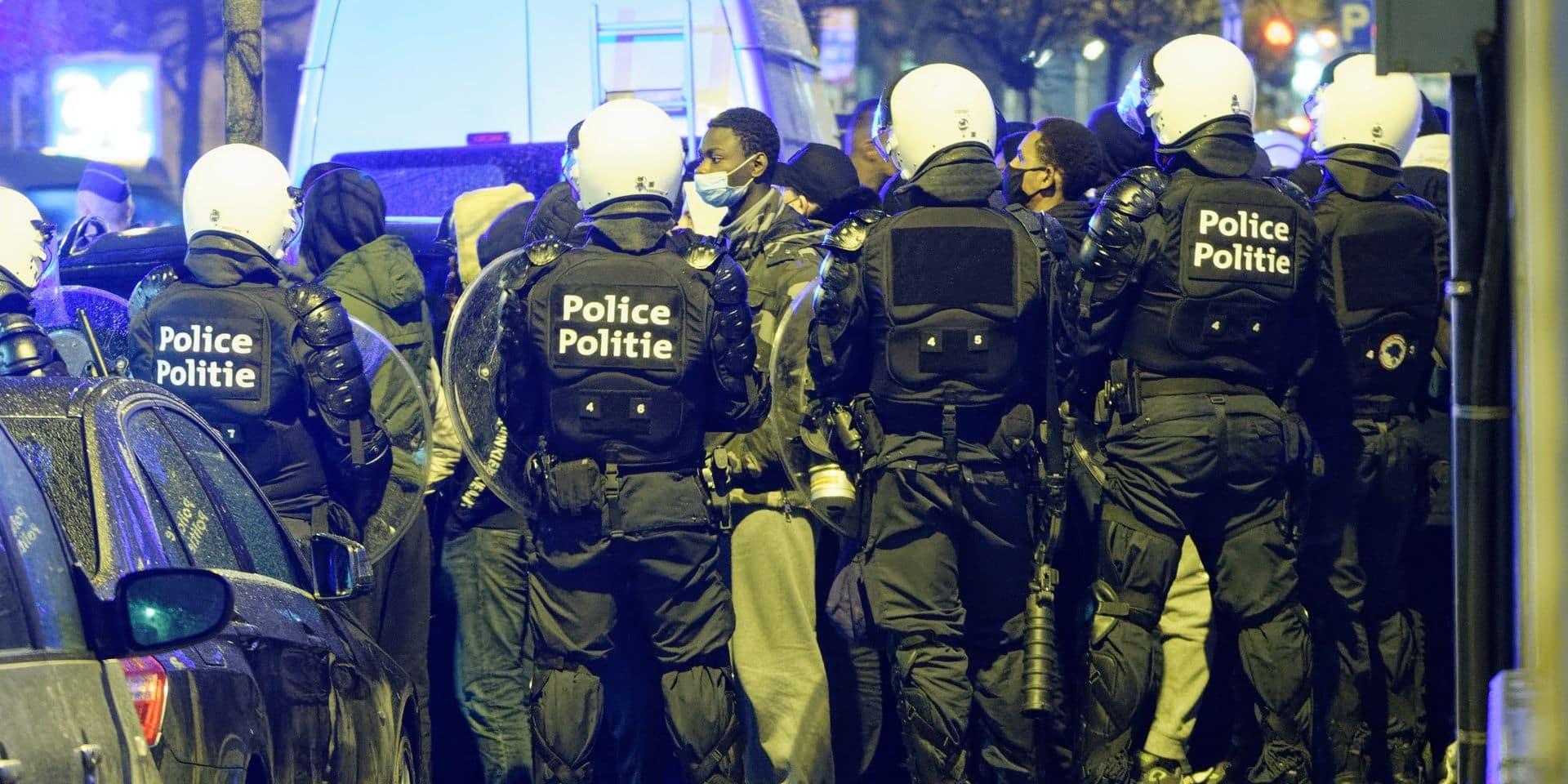 """Des agents ont volé les images de journalistes pour les effacer: """"Filmer l'action policière est un droit"""""""