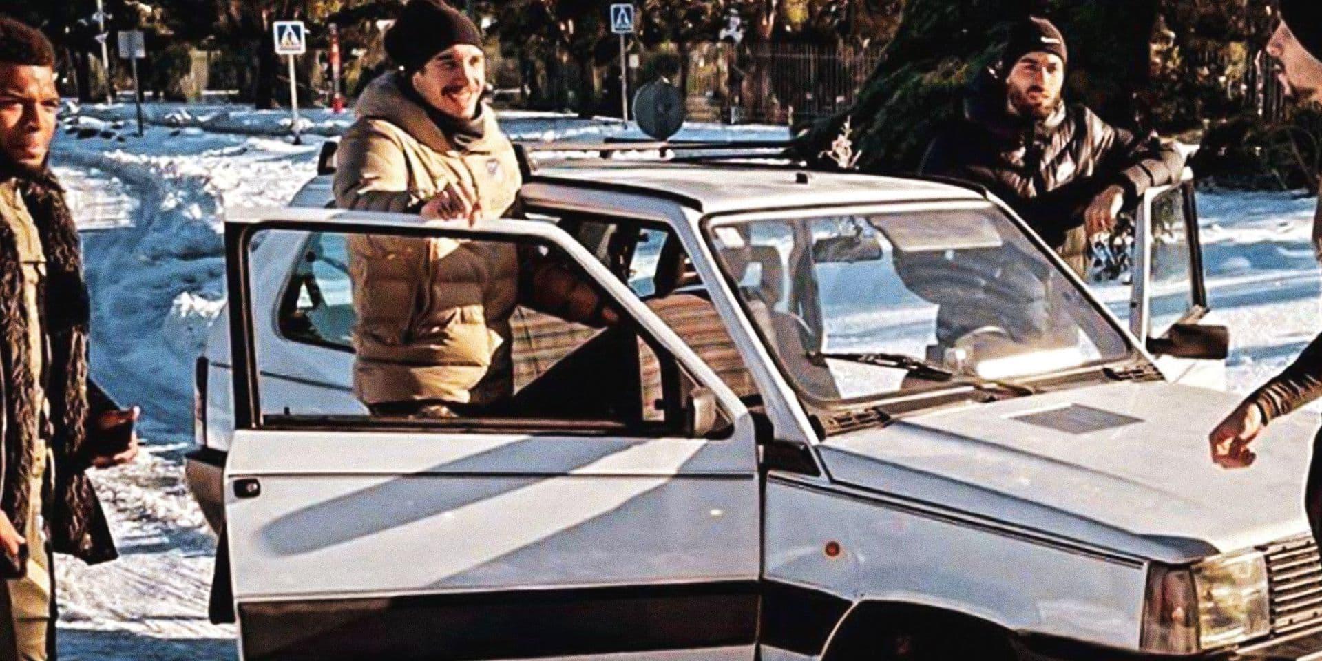 Carrasco et trois coéquipiers se rendent à l'entrainement... en Fiat Panda