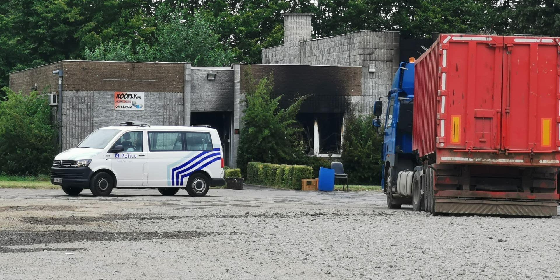 Une imprimerie détruite par le feu à Fontaine-l'Evêque