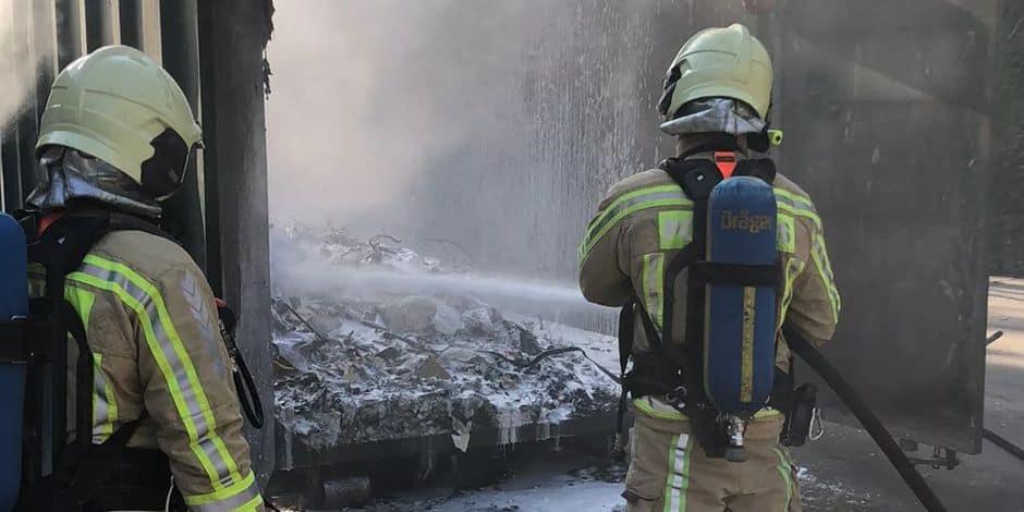 Deux conteneurs en feu au recyparc de Couillet