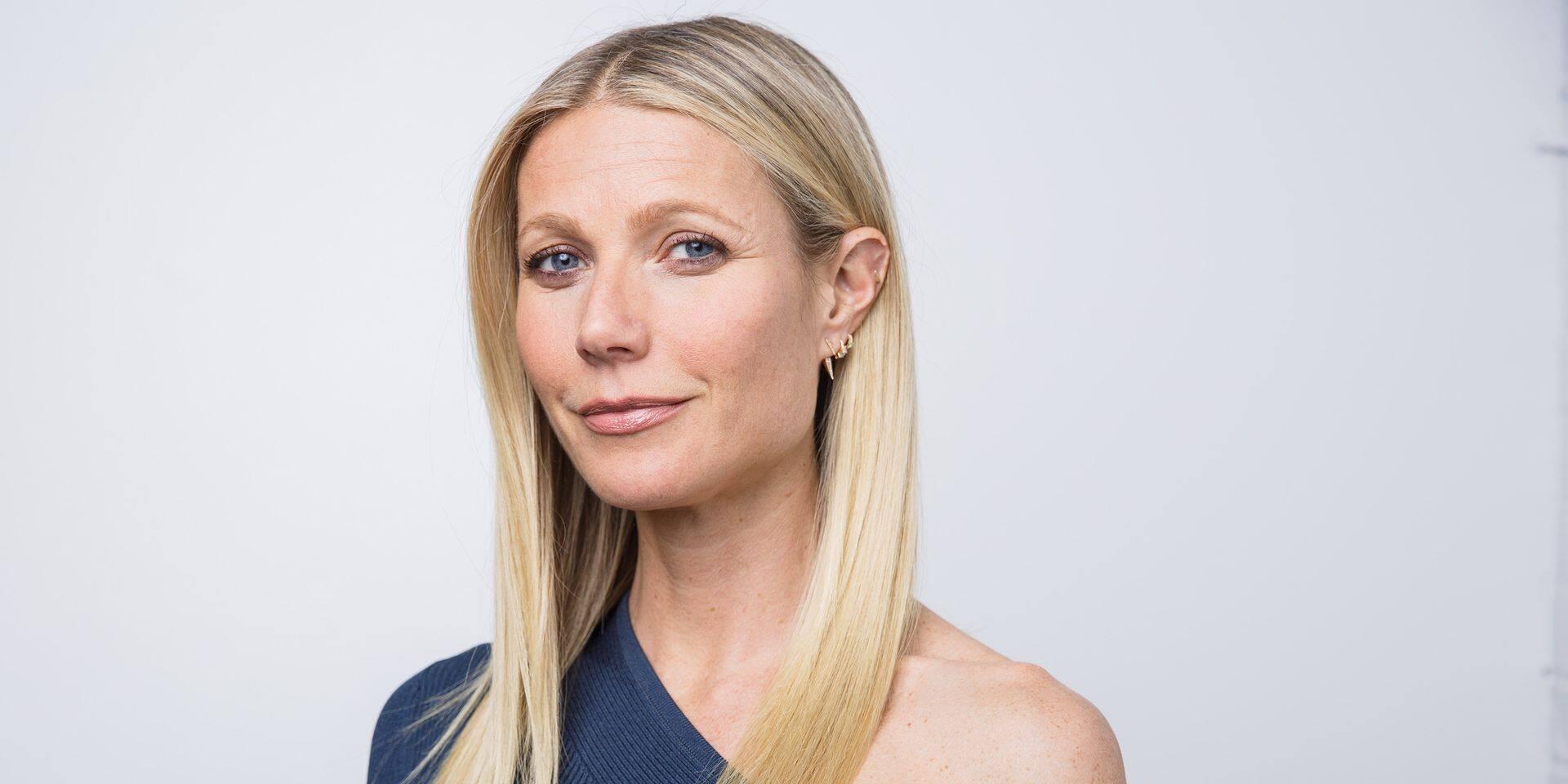 Gwyneth Paltrow s'approprie le retour en force du yoga et la toile n'arrive pas à garder son calme