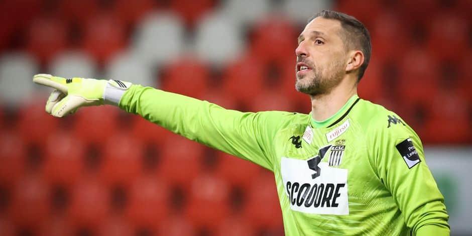 """Nicolas Penneteau quitte Charleroi: """"Pas un adieu, juste un au revoir"""""""