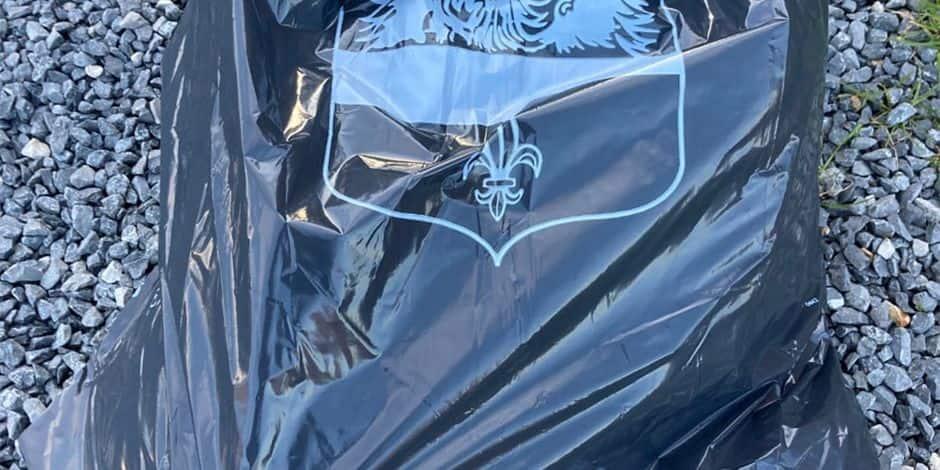 """La distribution des sacs-poubelle prépayés ne se fera pas à domicile à Rumes : """"promesse non-tenue"""", assure le PS !"""