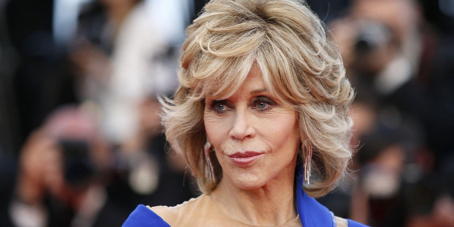 """Jane Fonda s'offre la plus surprenante des métamorphoses capillaires: """"83 ans est la nouvelle vingtaine"""""""