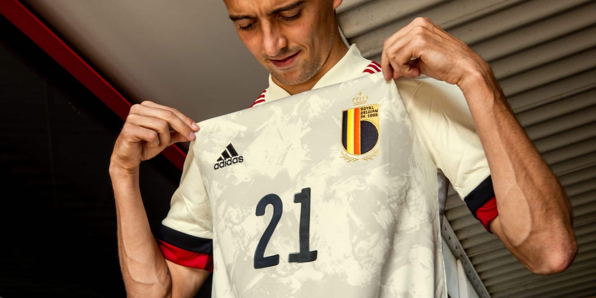 Un maillot de la Belgique ? Des différences de prix vertigineuses, surtout entre les hommes et les enfants…