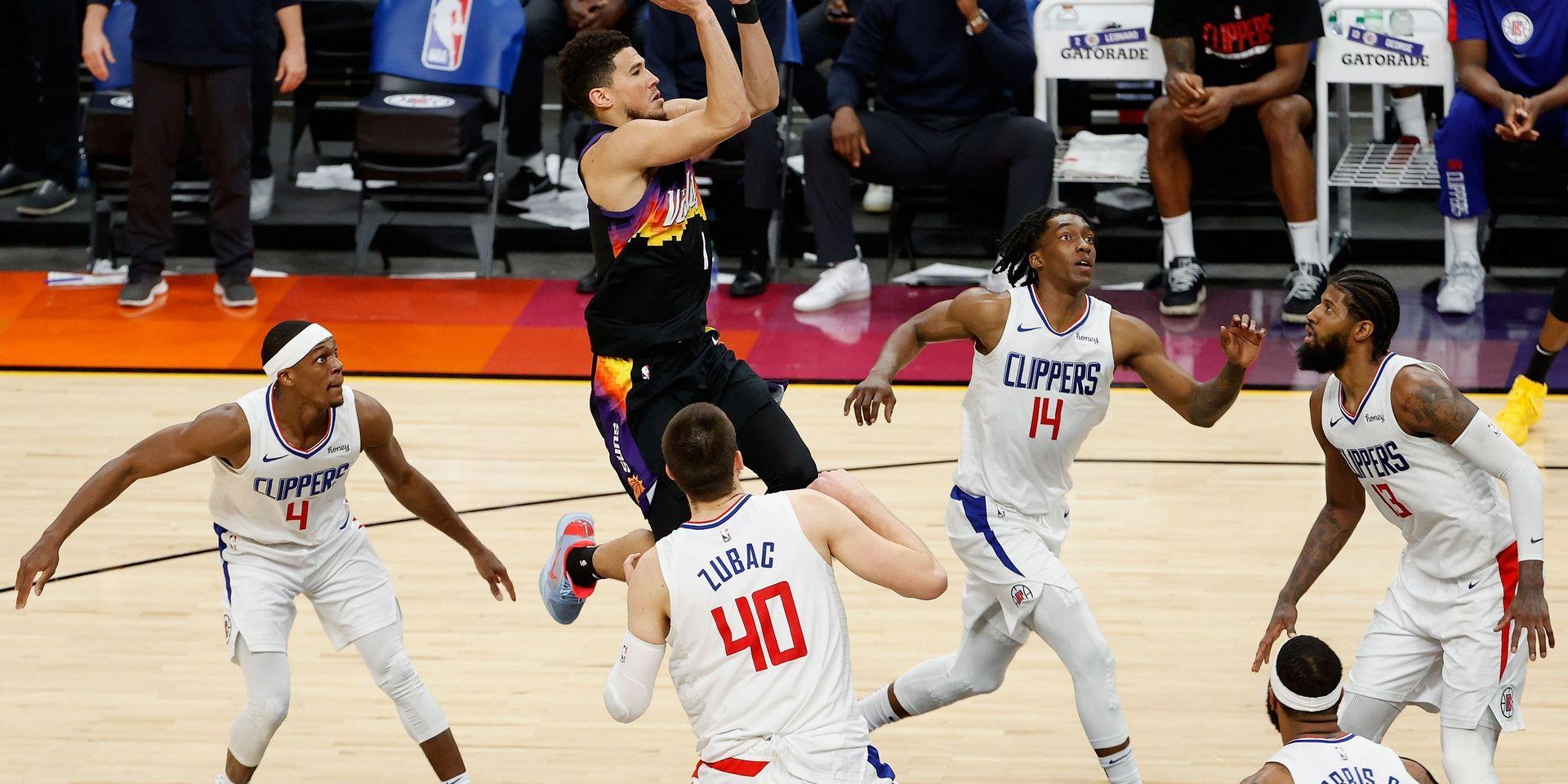NBA: les Suns se payent les Clippers et se hissent en playoffs, une première depuis 2010