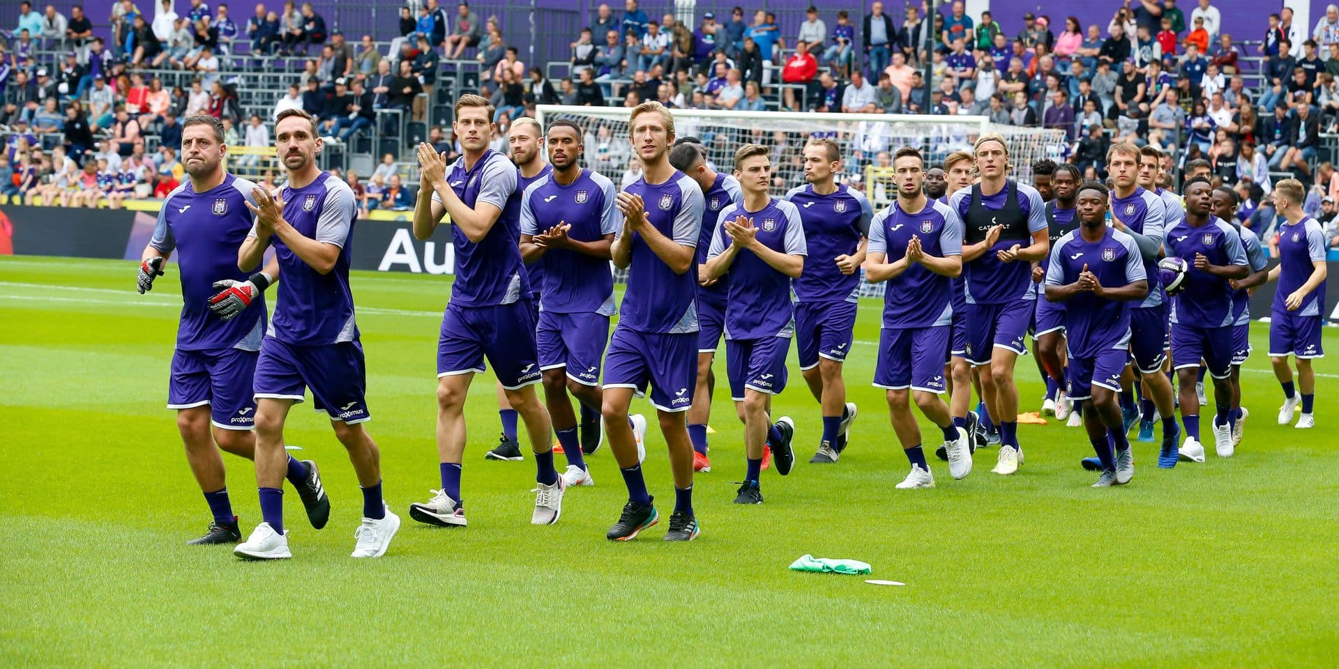 Anderlecht's goalkeeper Frank Boeckx and Anderlecht's Sven Kums pictured during the fan day of soccer team RSC Anderlecht, Sunday 14 July 2019 in Anderlecht, Brussels. BELGA PHOTO NICOLAS MAETERLINCK