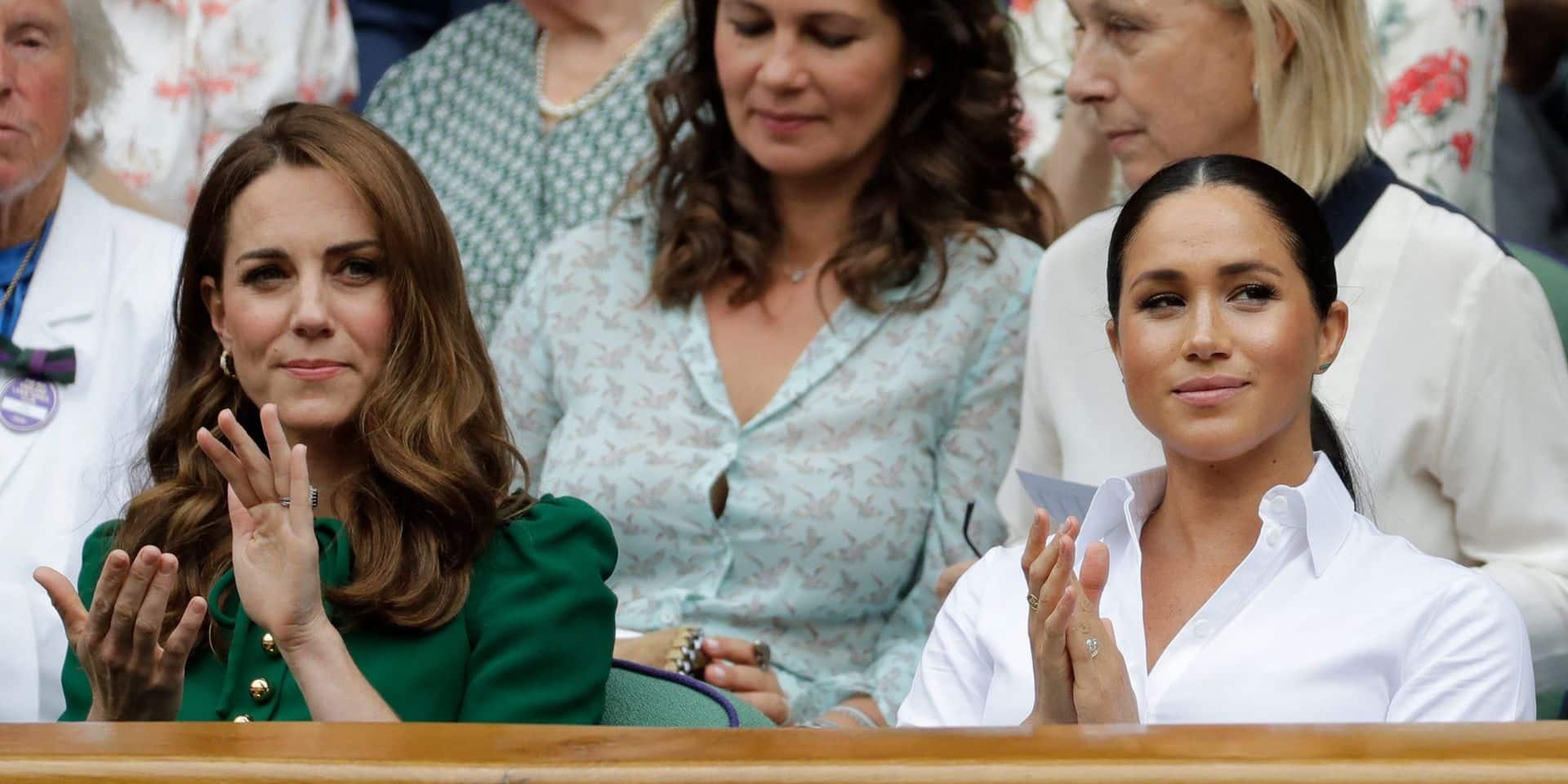 """""""Ça pue ici"""": l'aberrante anecdote qui oppose Meghan Markle et Kate Middleton"""