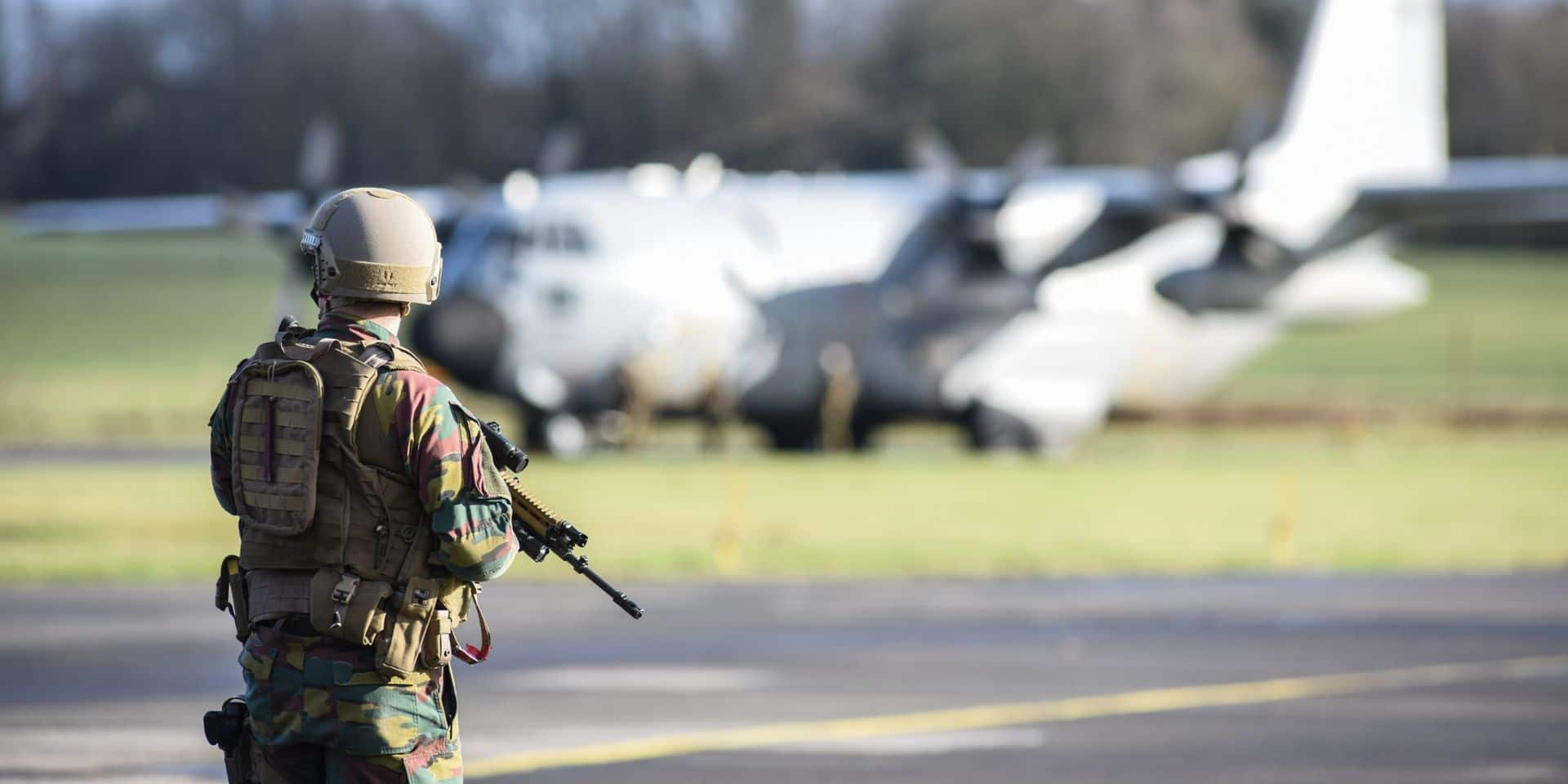 """""""Entre 200 et 300 euros nets d'augmentation mensuelle pour certains adjudants"""": les militaires se félicitent de leur revalorisation salariale"""