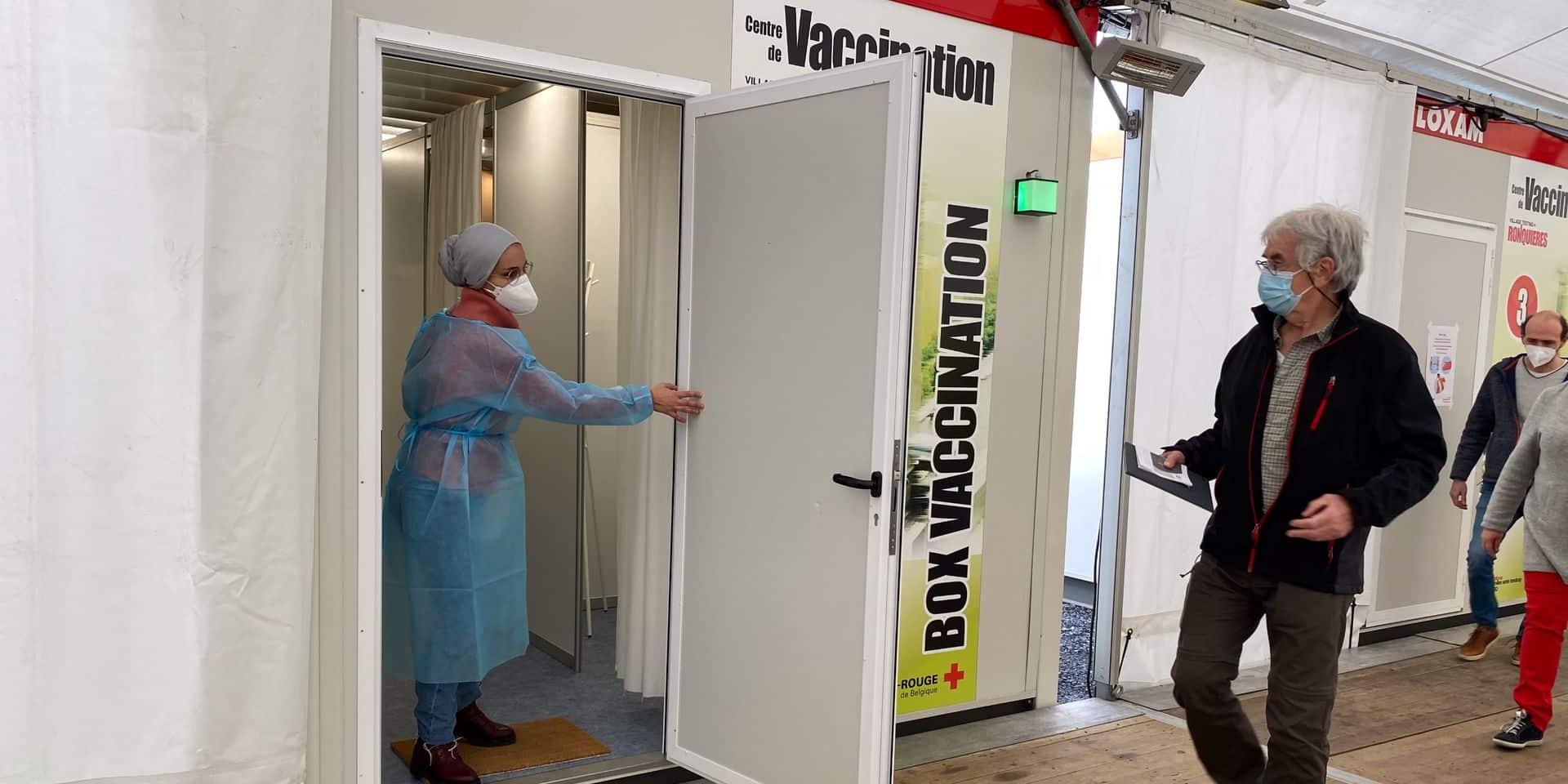 """""""Écaussinnes doit aider les moins mobiles à se déplacer vers le centre de vaccination"""""""