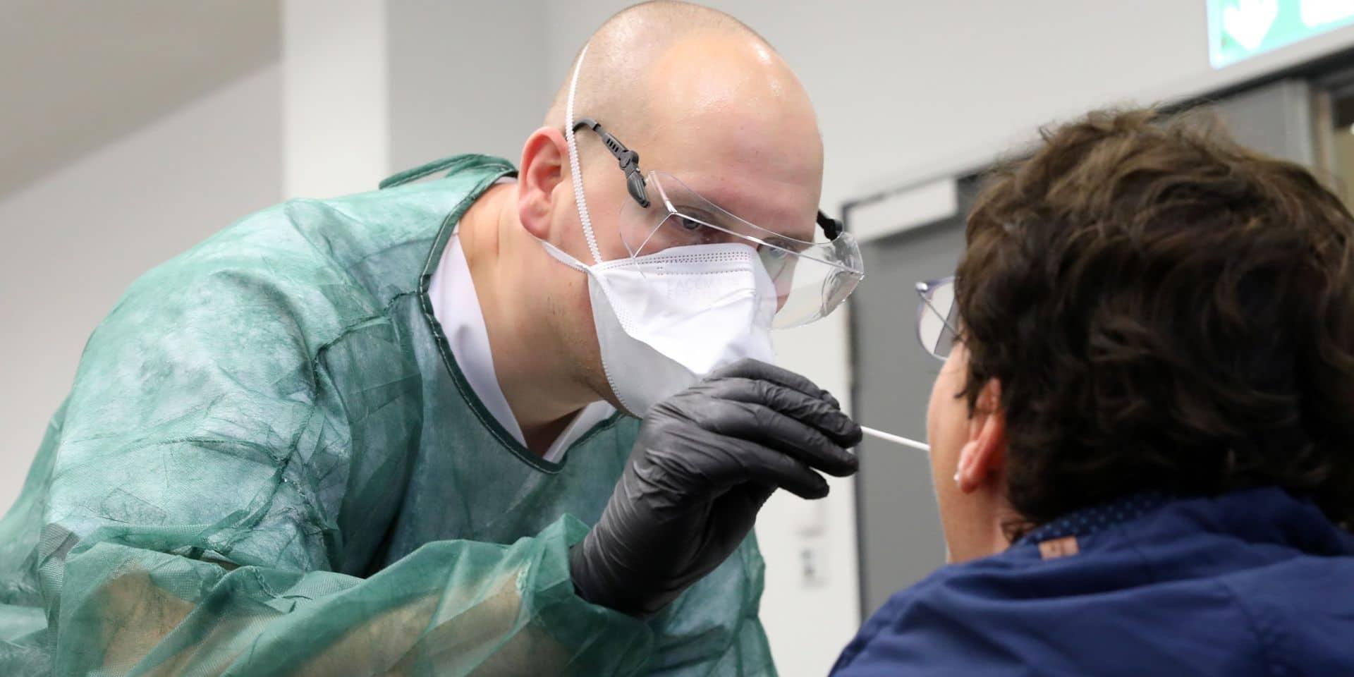 Voici les professions pour lesquelles les tests seront autorisés même si les personnes n'ont pas de symptômes
