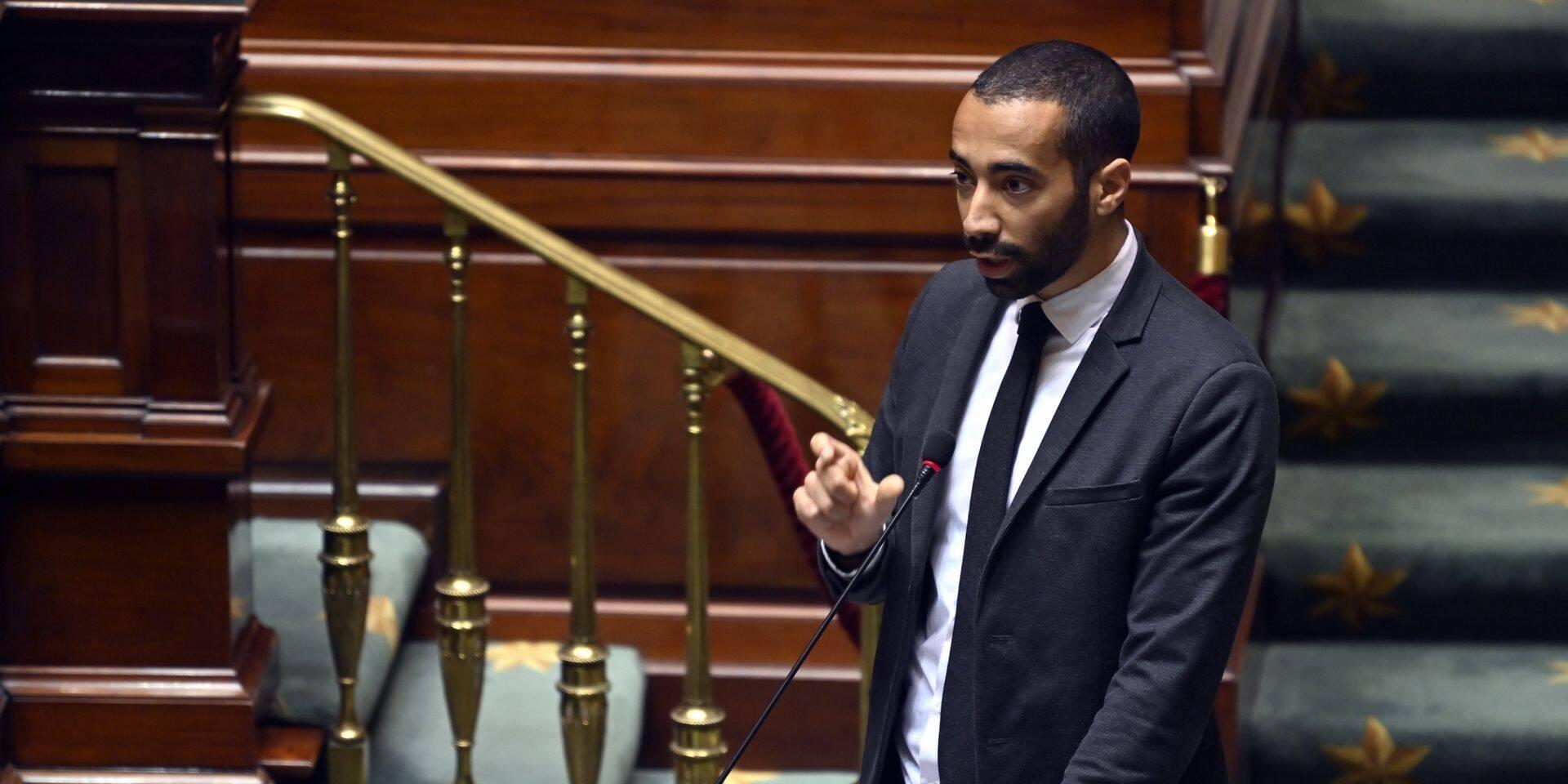 """Mahdi souhaite un """"droit de visite"""" de la police chez les sans-papiers réfractaires"""