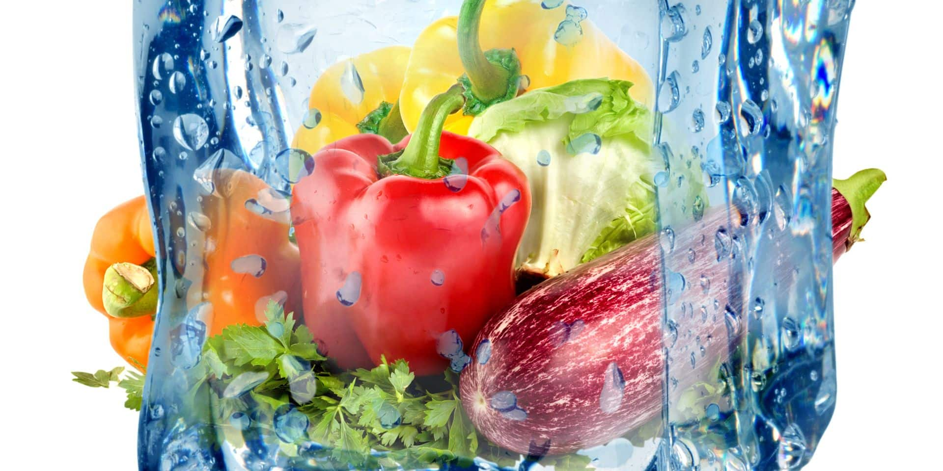 Ice,Cube,And,Vegetables,Isolated,On,A,White,Background