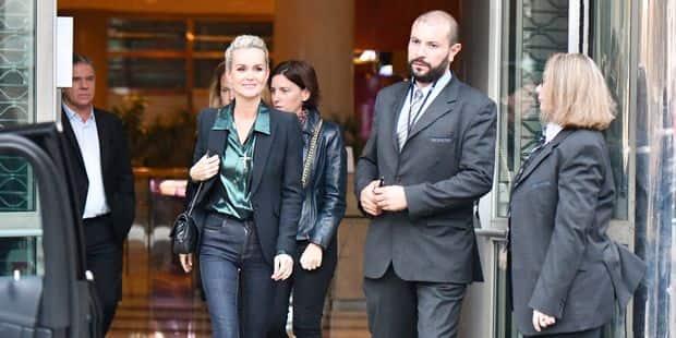 Laeticia Hallyday : ses mots sur Johnny ont été retournés contre elle par les avocats de David et Laura - La DH
