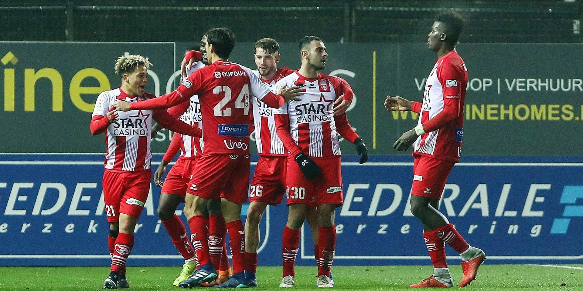Mouscron's Manuel Benson celebrate during the soccer match between Waasland-Beveren and Royal Excel Mouscron, Saturday 24 November 2018 in Beveren-Waas, on the 16th day of the 'Jupiler Pro League' Belgian soccer championship season 2018-2019. BELGA PHOTO DAVID PINTENS