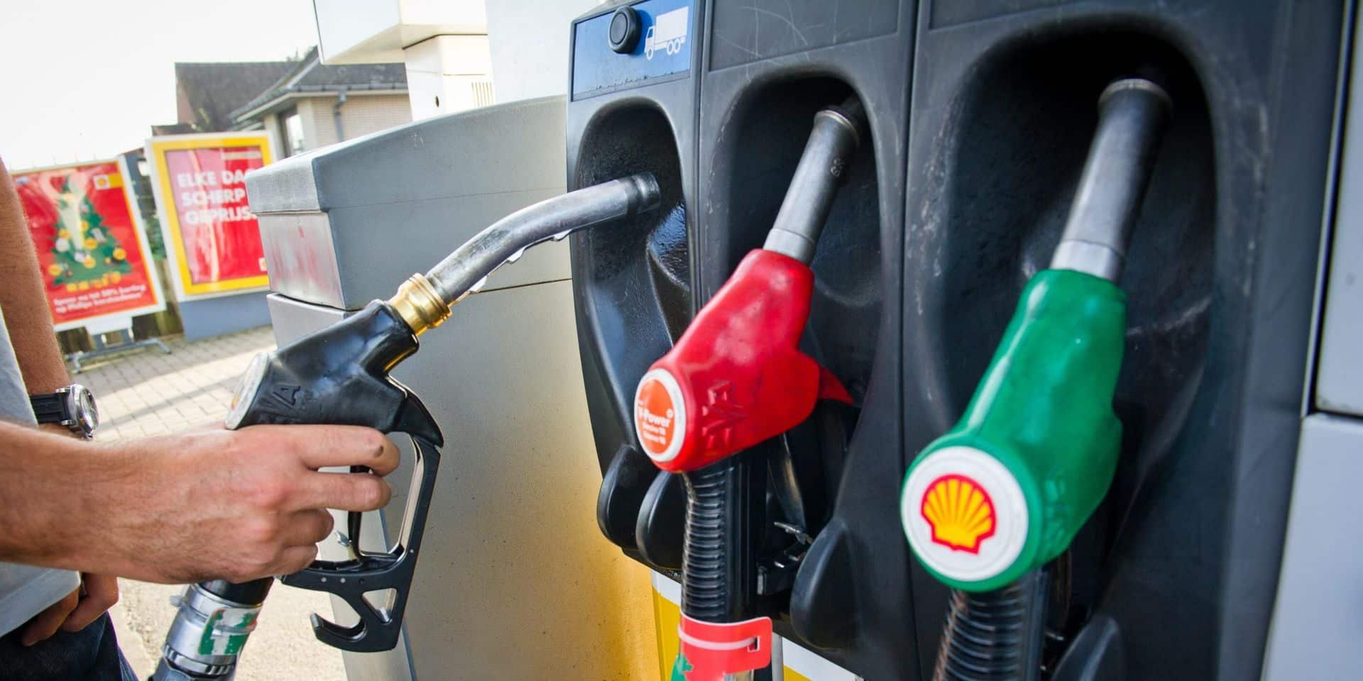 L'essence plus chère à partir de mercredi