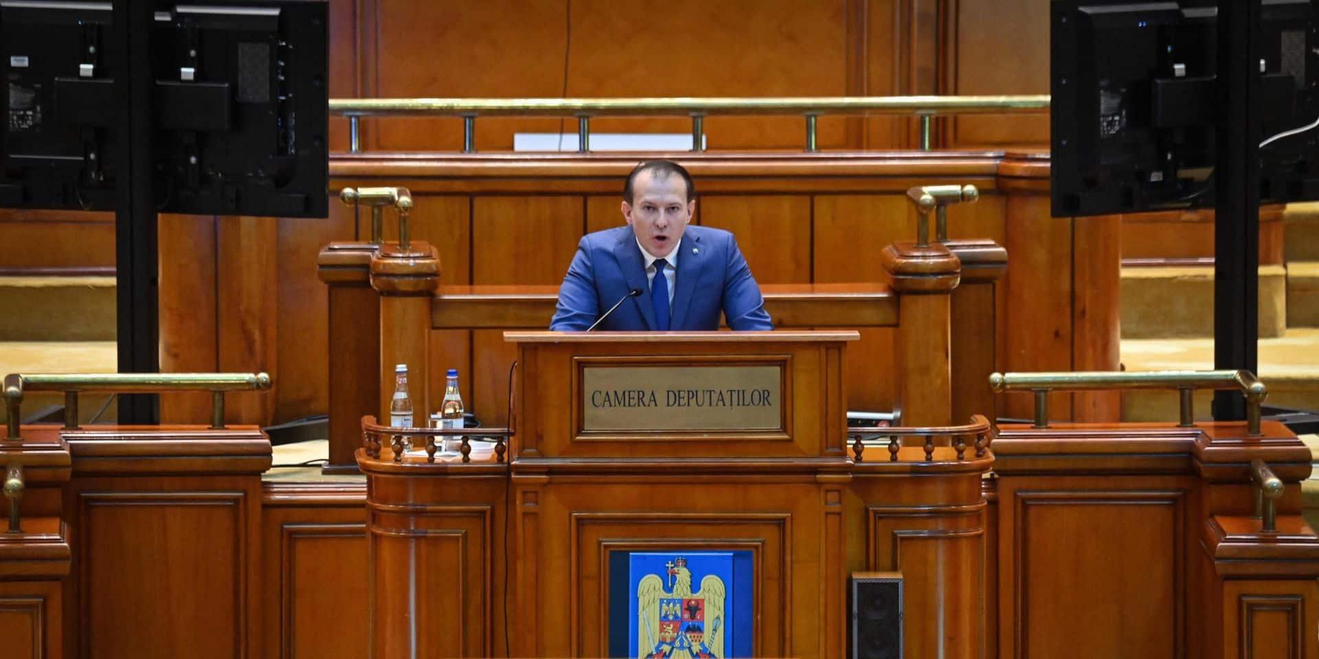 Le gouvernement roumain renversé par une motion de censure