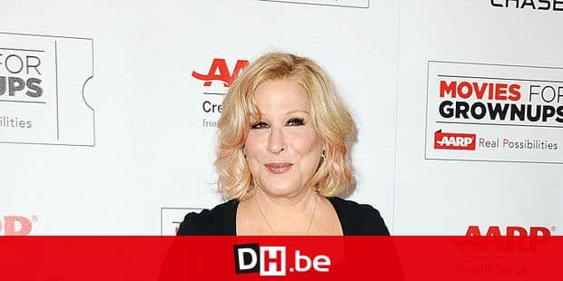 Bette Midler at the Movies For Grownups Awards in Los Angeles, CA, USA, February 8, 2016. Photo by Apega/ABACAPRESS.COM Reporters / Abaca