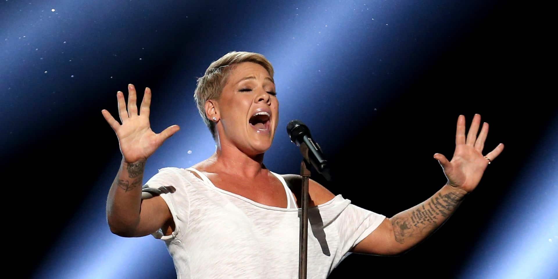 Coronavirus : La chanteuse Pink, guérie du coronavirus, offre un million USD et épingle le gouvernement