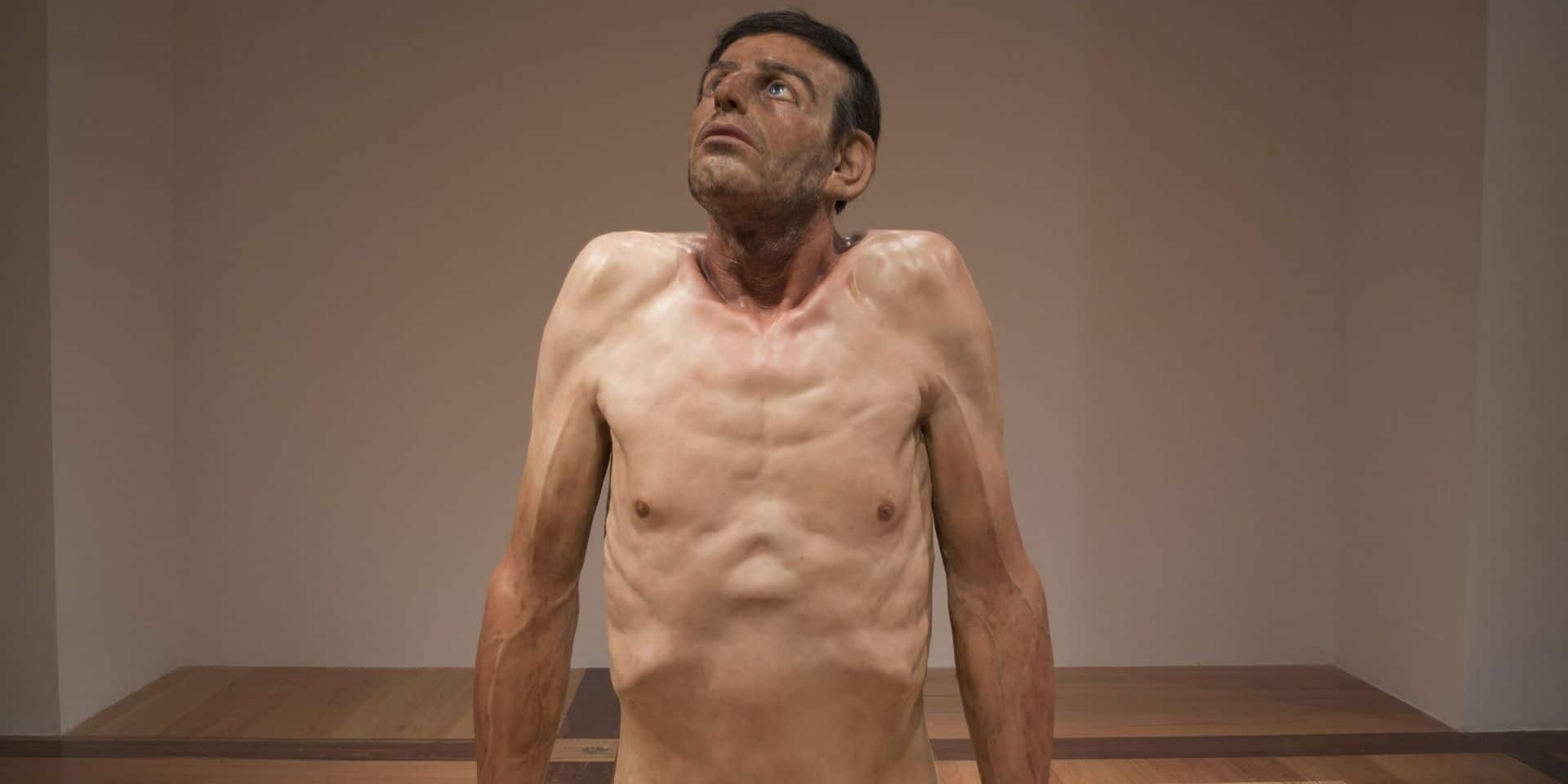 """L'exposition """"Hyperrealism Sculpture. Ceci n'est pas un corps"""" débarque à Bruxelles"""