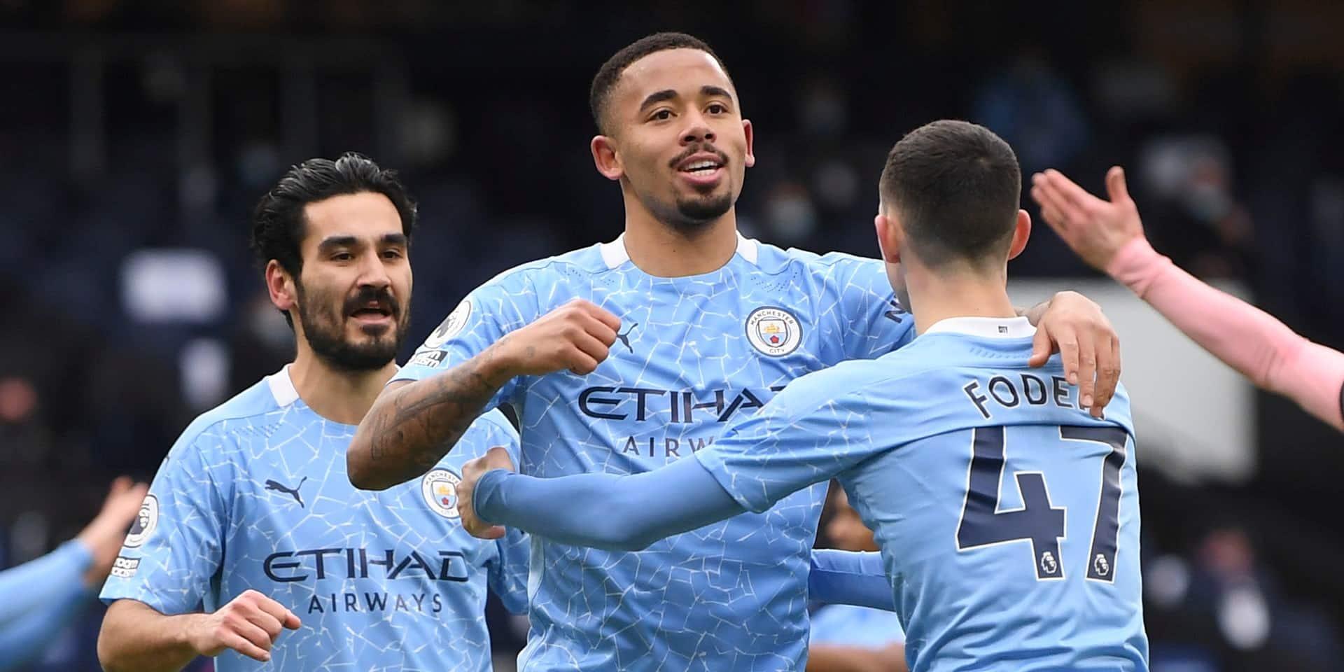 Manchester City aligne un 8e succès de rang et conforte sa place de leader de la Premier League