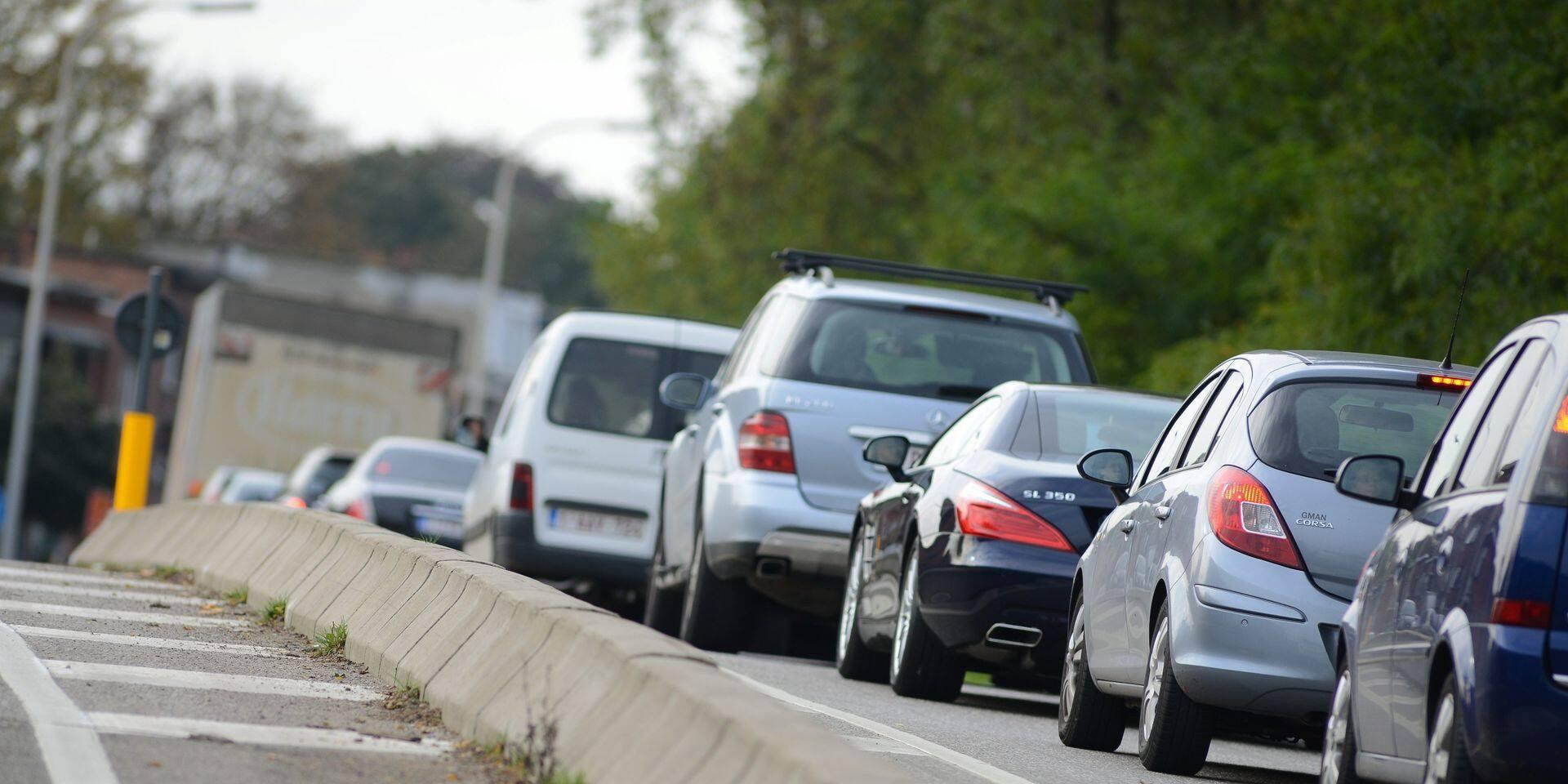 Un accident dans le tunnel Trône perturbe fortement le trafic à Bruxelles