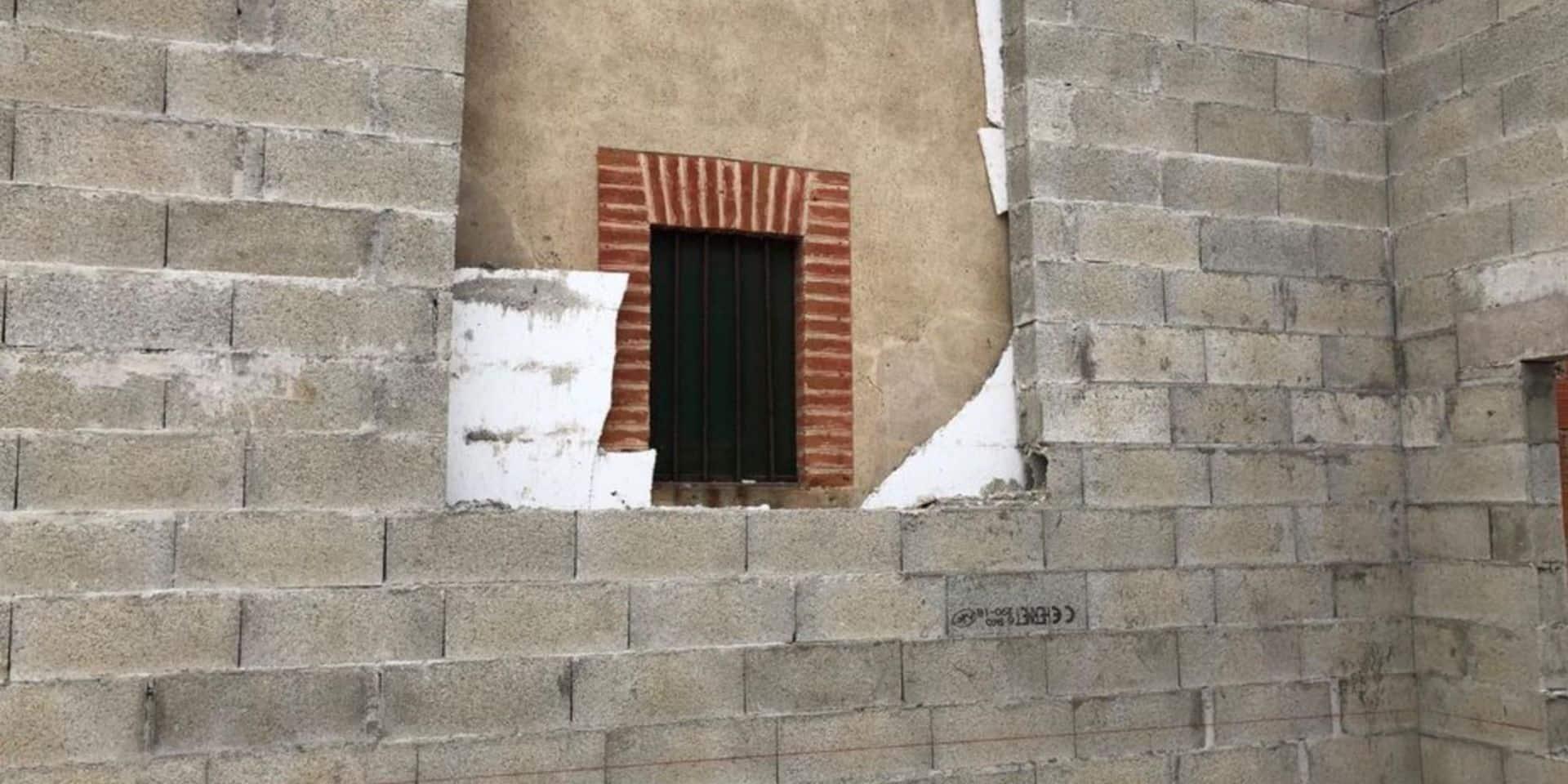 Aberration en France: son voisin construit un mur à trois centimètres de ses fenêtres