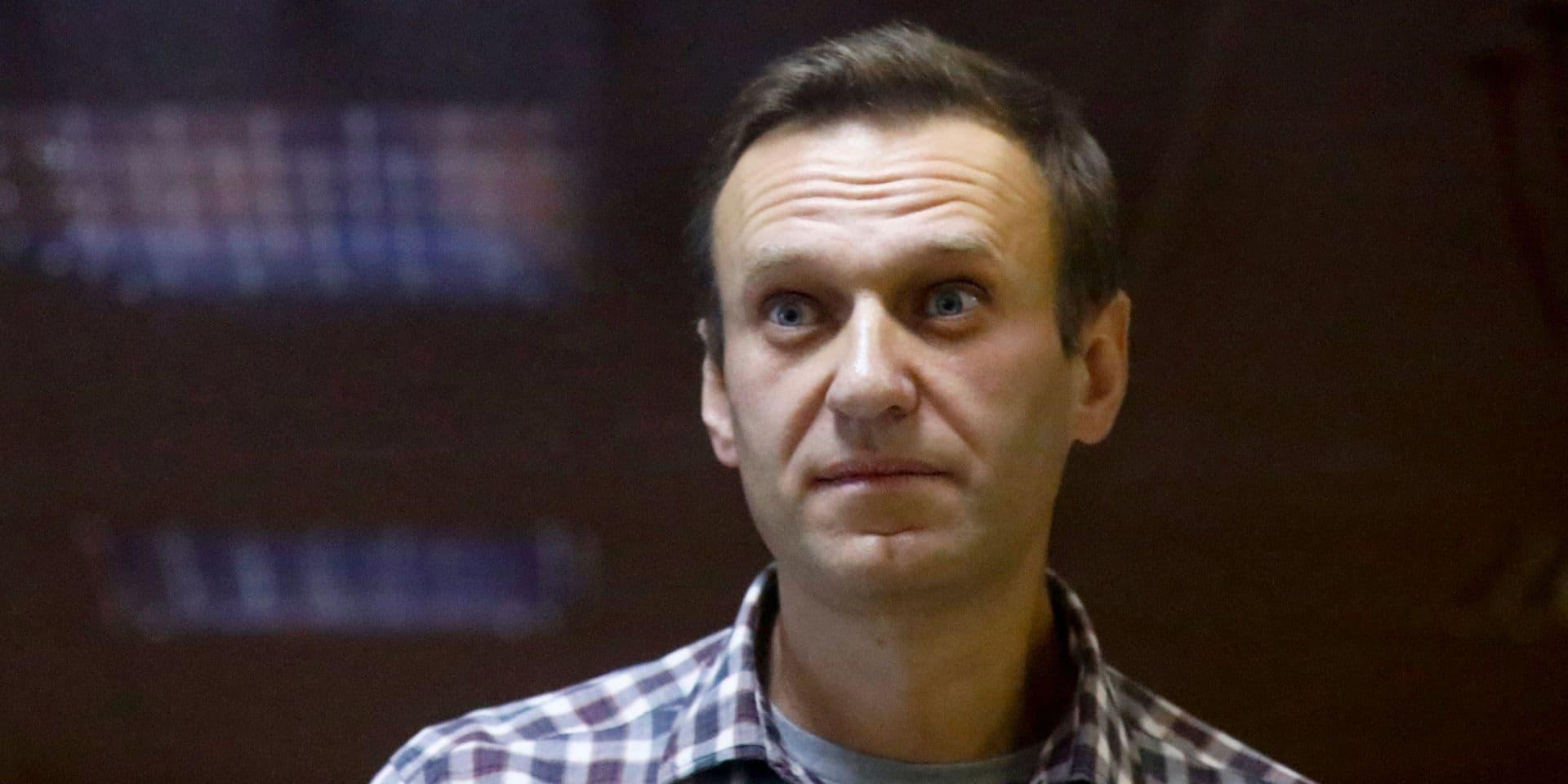 """Emprisonné et en grève de la faim, l'opposant russe Navalny peut avoir un arrêt cardiaque """"d'une minute à l'autre"""""""