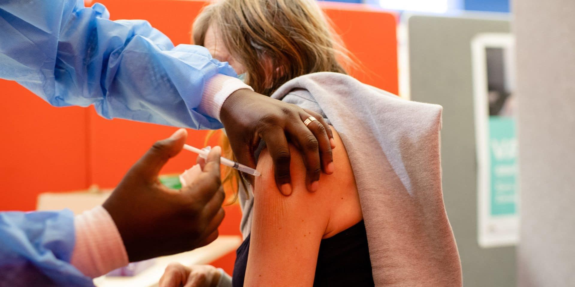 A Bruxelles, le taux de vaccination des 12-17 ans reste insignifiant