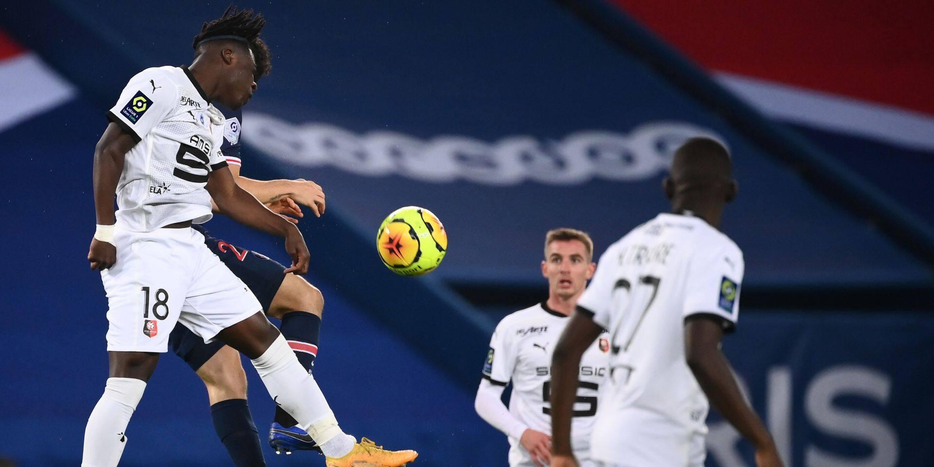 Les Belges à l'étranger: Rennes et Jeremy Doku nettement battus au PSG