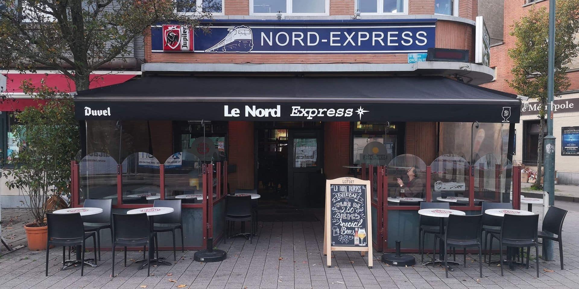 Le Nord Express, en face de la gare de Braine-l'Alleud, fermé en raison de cas de coronavirus