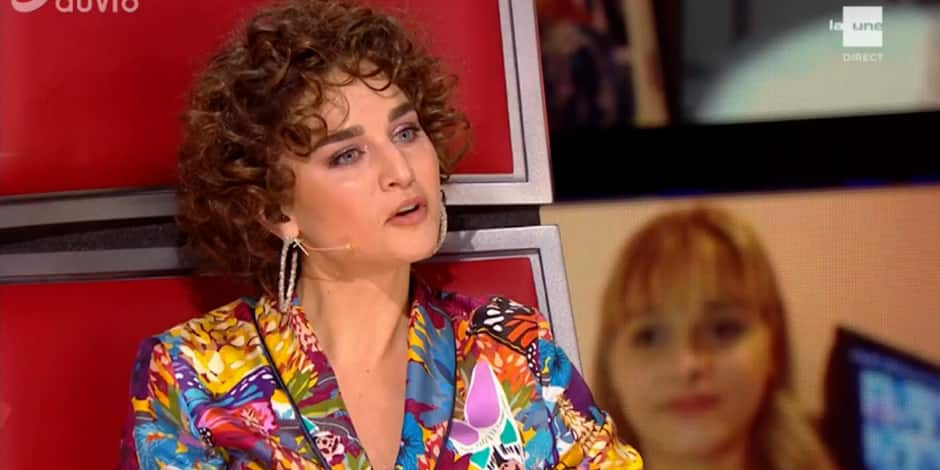 """""""On voit que les coiffeurs ont rouvert: This is The Hair!"""": quand les internautes se moquent de la coiffure de Typh Barrow à The Voice Belgique"""