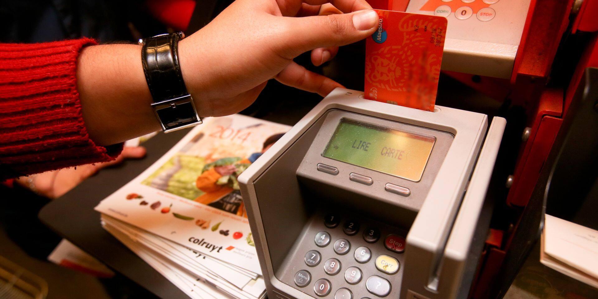Plus d'une heure de perturbations dans les paiements Maestro et Mastercard
