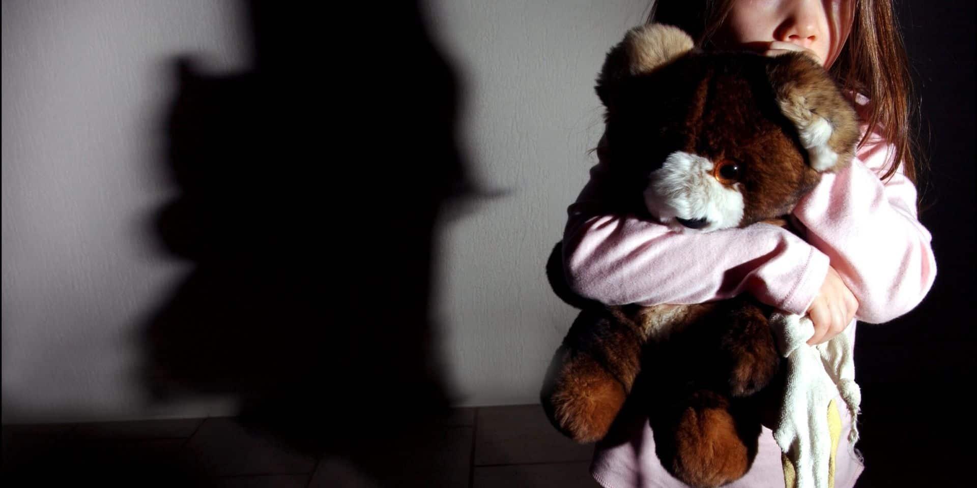 Un papy accusé d'attentats à la pudeur sur ses 8 petits-enfants