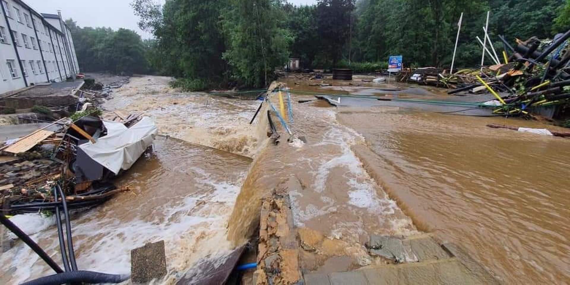 Au moins cinq personnes ont perdu la vie dans les inondations à Verviers