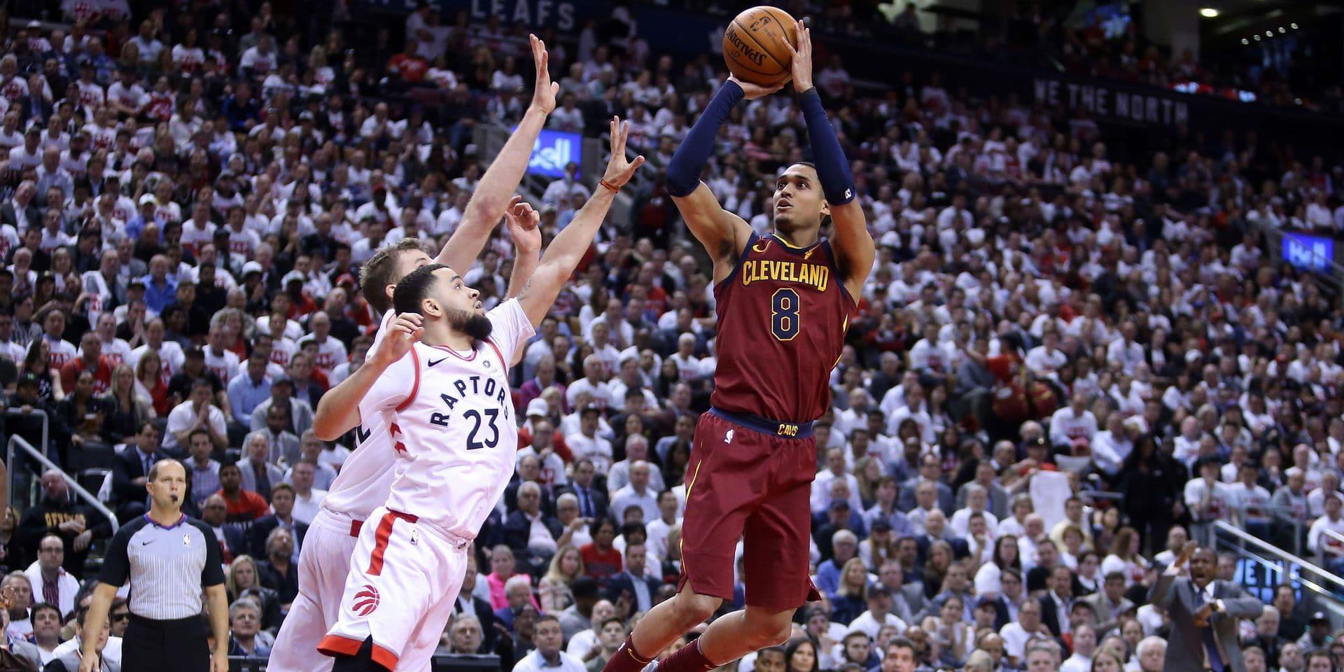 NBA: Cleveland gagne d'emblée à Toronto, Golden State assure grâce au retour de Stephen Curry