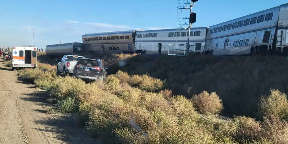 Un train déraille aux Etats-Unis et fait trois morts et plus de 50 blessés