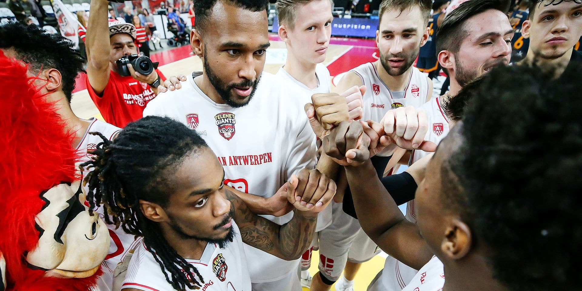 Players of Antwerp Giants celebrate after winning the basketball match between Antwerp Giants and Brussels, the first semi final of the Belgian Cup competition, Saturday 26 January 2019 in Antwerp. BELGA PHOTO DAVID PINTENS