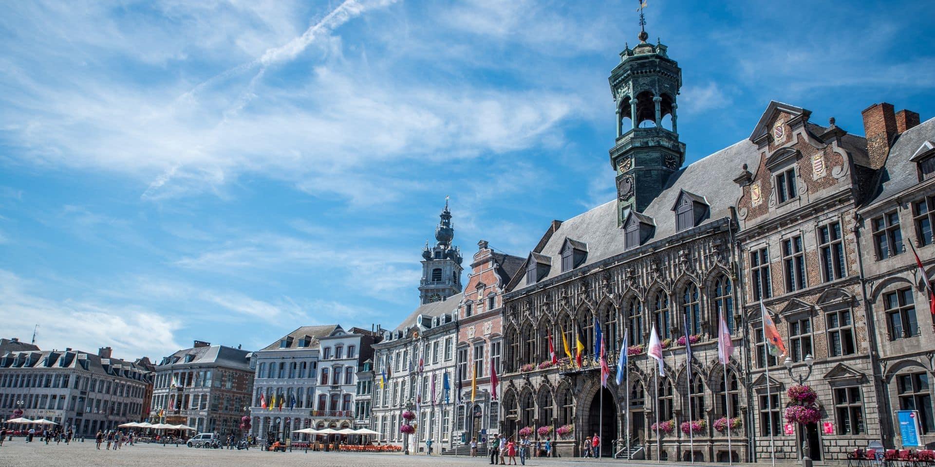 Mons demande officiellement la régularisation des sans-papiers