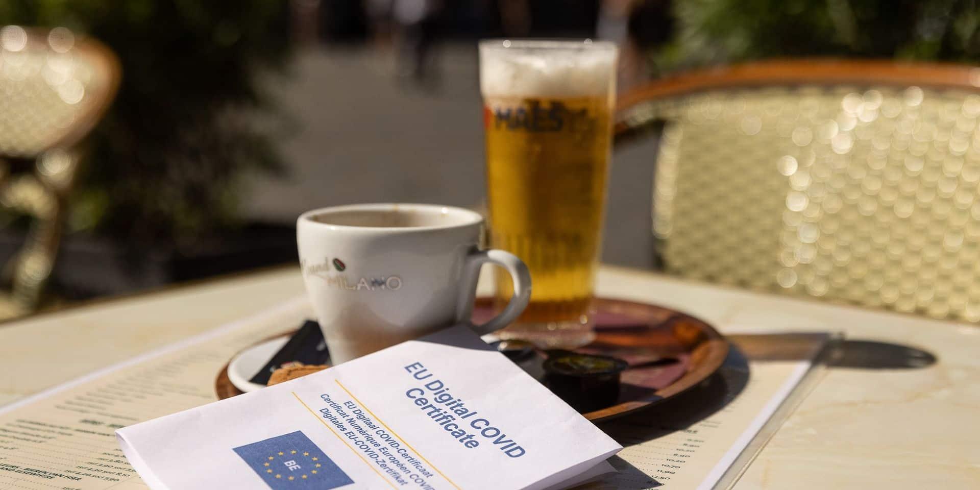 Covid Safe Ticket: le parlement bruxellois prêt à faire le nécessaire avant le 1er octobre