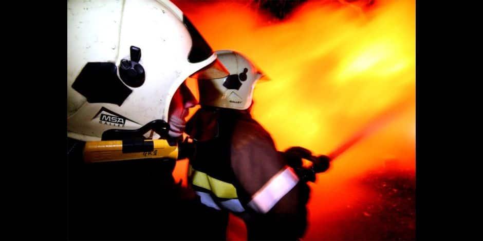 Un homme sauvé de son logement en feu cette nuit à Waha