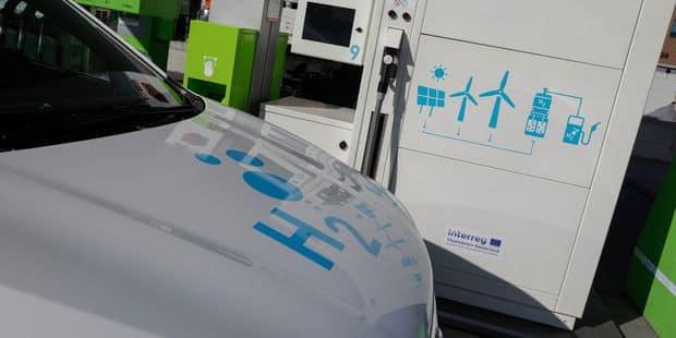 Colruyt ouvre sa première station-service à hydrogène, un carburant 100% vert - La DH
