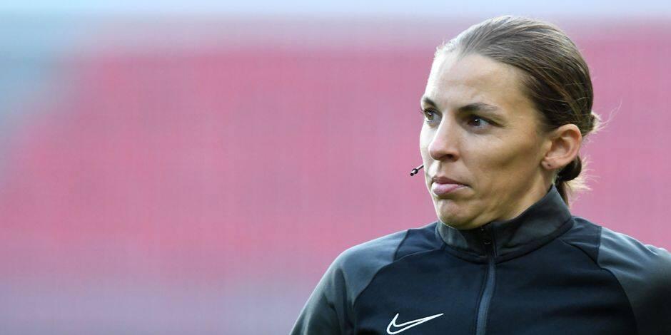 Stéphanie Frappart va devenir la première femme à arbitrer en Ligue des Champions