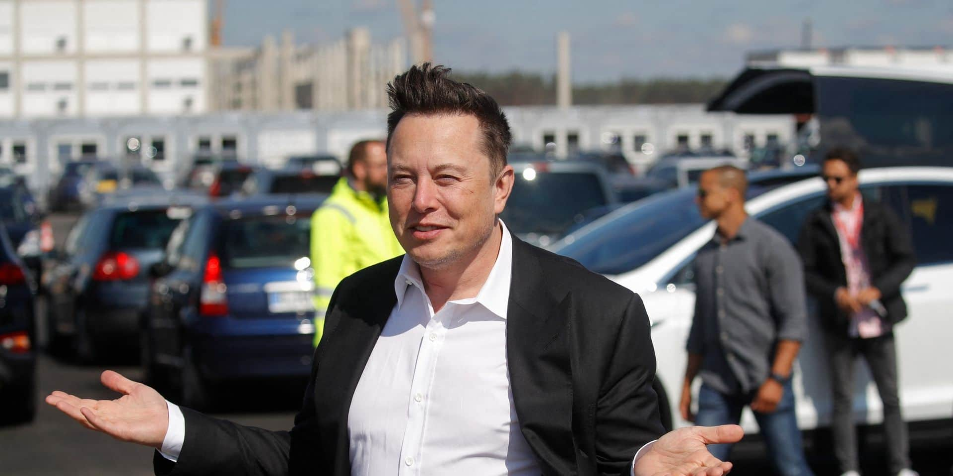 """De """"faux"""" Elon Musk ont volé 2 millions de dollars dans des arnaques aux cryptomonnaies"""
