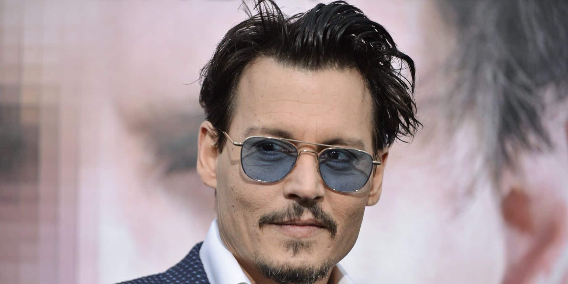 Johnny Depp rejoint Instagram en musique