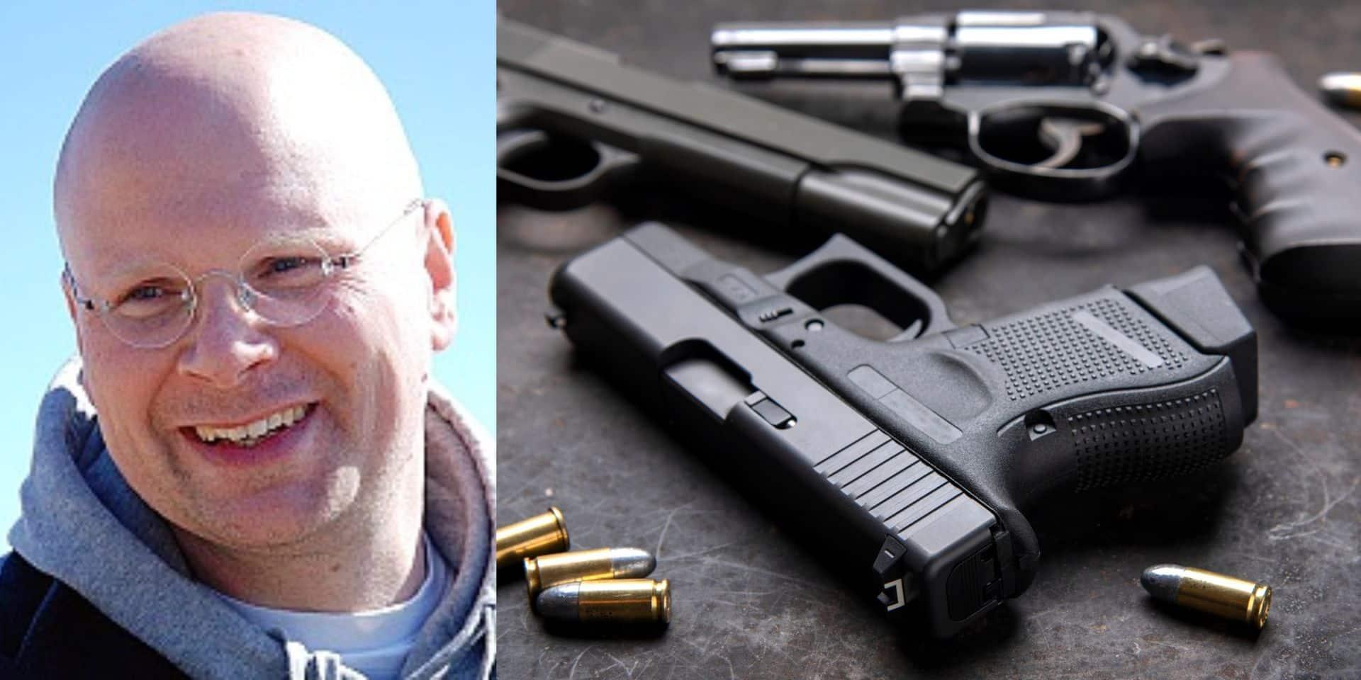 """Un psychiatre décortique le profil de Jürgen Conings : """"Les armes et le manque d'action peuvent rendre fou"""""""